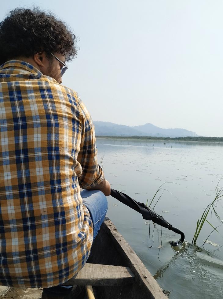 deepor-beel-boat-ride