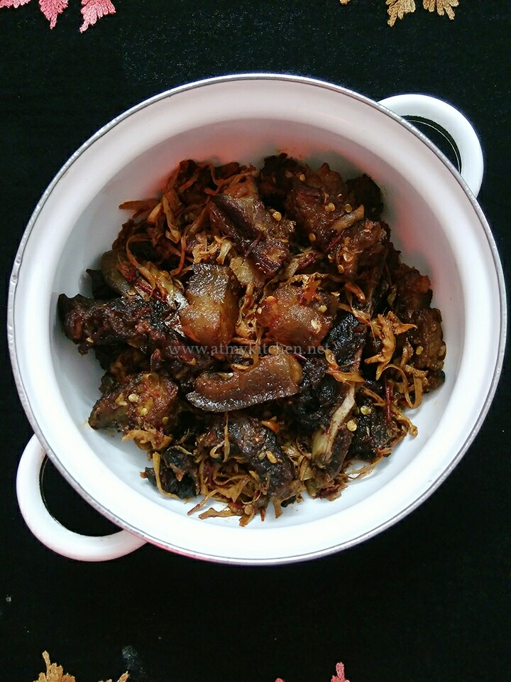 https://atmykitchen.net/2018/02/25/smoke-dried-pork-with-dry-bamboo-shoot-recipe-how-to-make-smoke-dried-pork-pork-with-dry-bamboo-shoot-recipe/